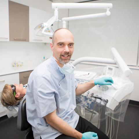Teeth whitening Geelong